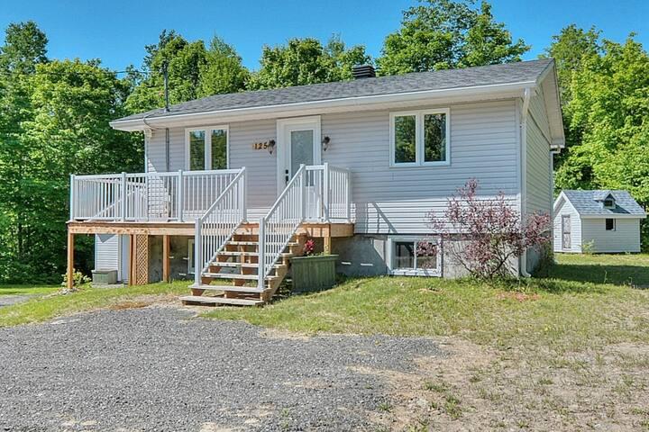 Maison de 3 chambres avec terrasse et accès au lac