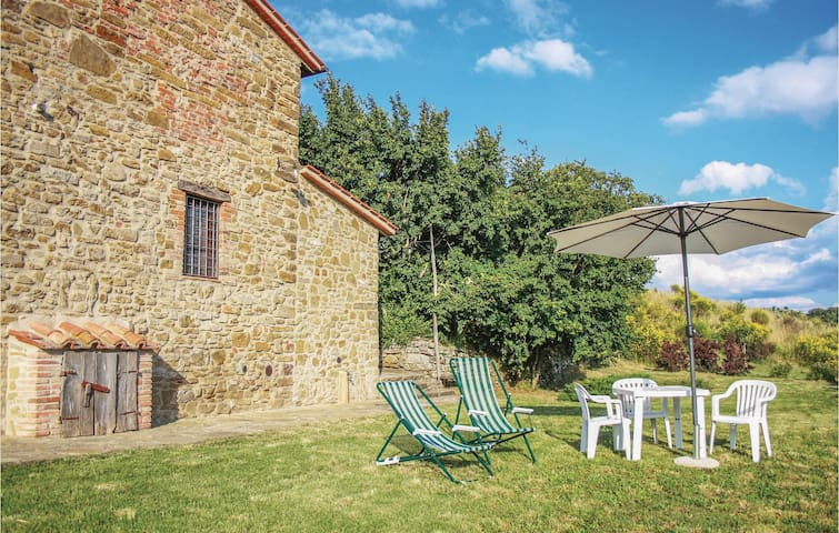 Holiday cottage with 5 bedrooms on 200 m² in Piegaro -PG-