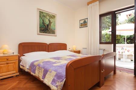 Comfy apartment Nono Attilio - Umag