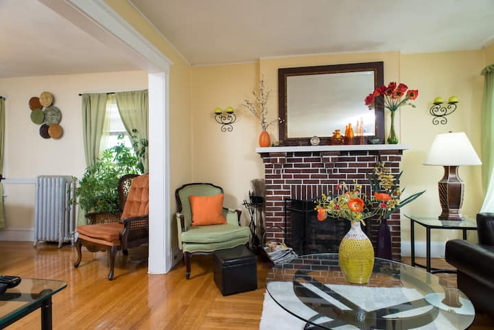 Beautiful Room close to Harvard & MIT for female