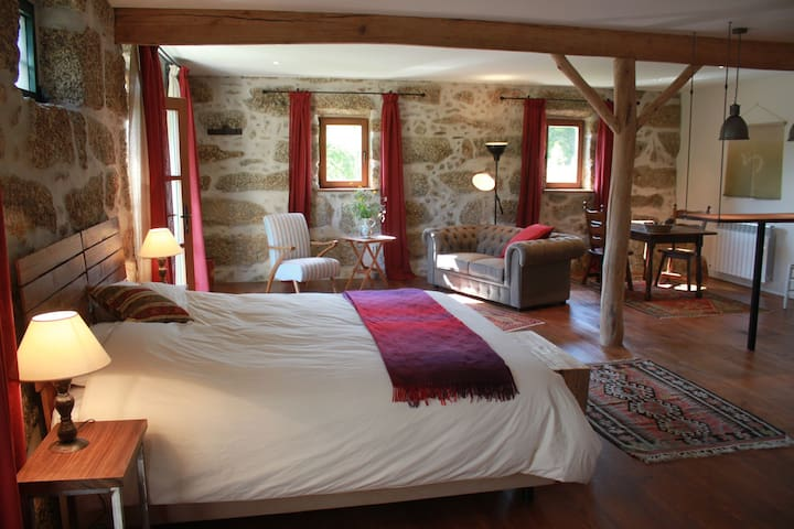 The super-king size bed can be split into twin beds.