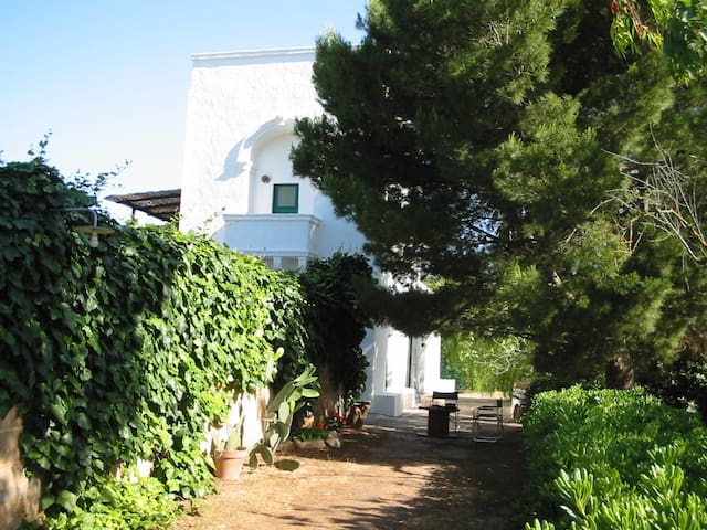 Antica casa colonica vicino al mare - Gallipoli - House