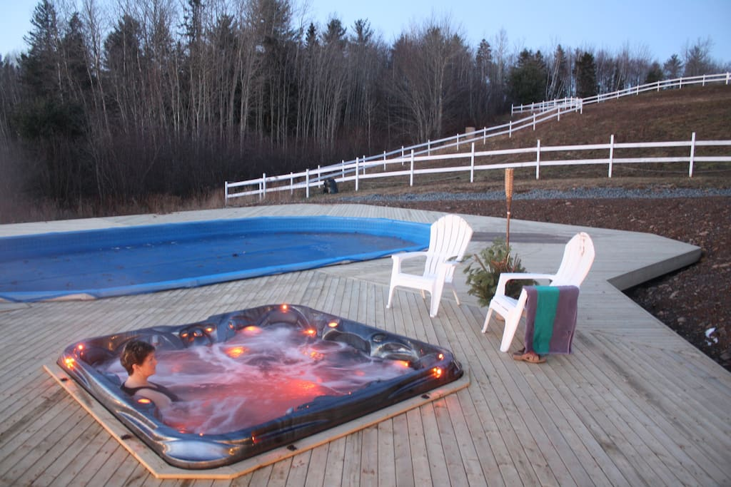 Relax in our pool or hottub!