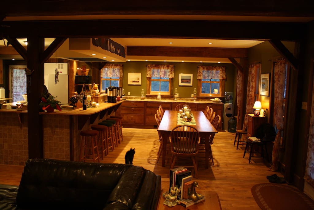 The dining area in the lodge.