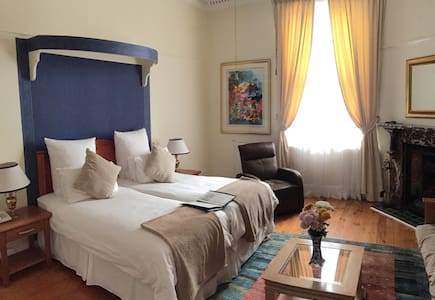 Brenwin Guesthouse - Select Room - Cape Town