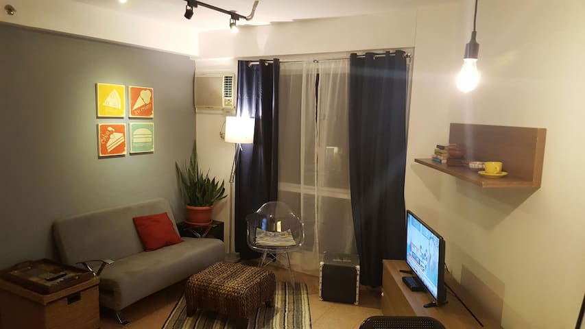 Modern 1 Bedroom with amenities - Metro Manila - Condominium
