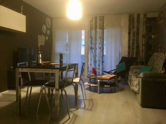 Spacious apartment, 15' from Wanda stadium