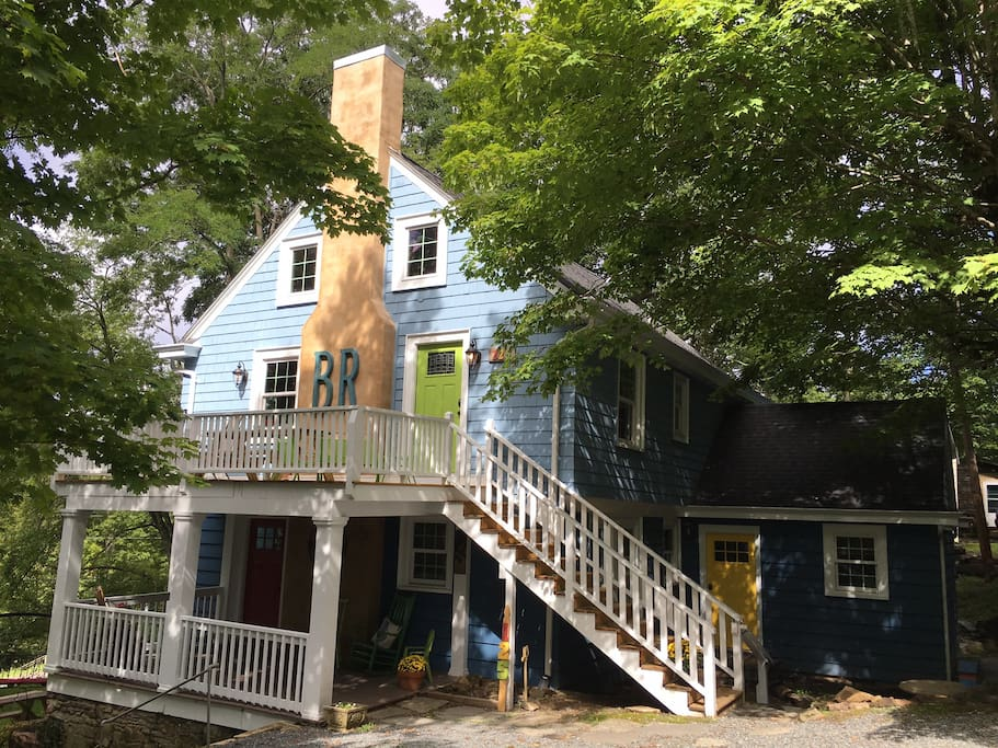 Downtown Hideaway - Steps from Main St Downtown Blowing Rock