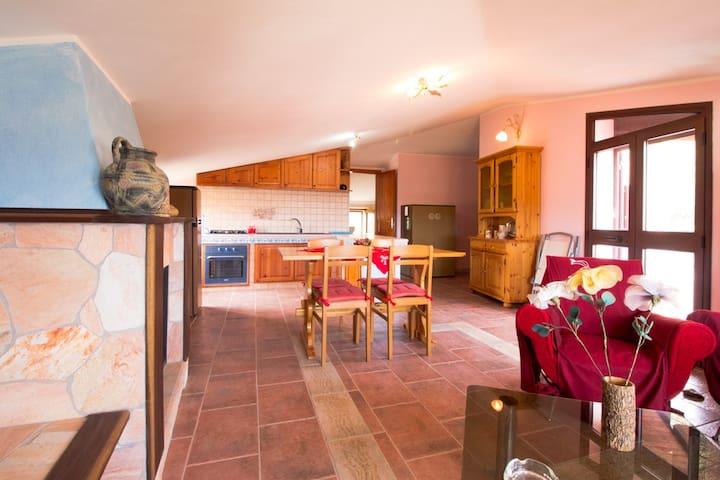 Casa Aloe -Spiaggia Maladroxia panorama mozzafiato - Maladroxia - Appartement