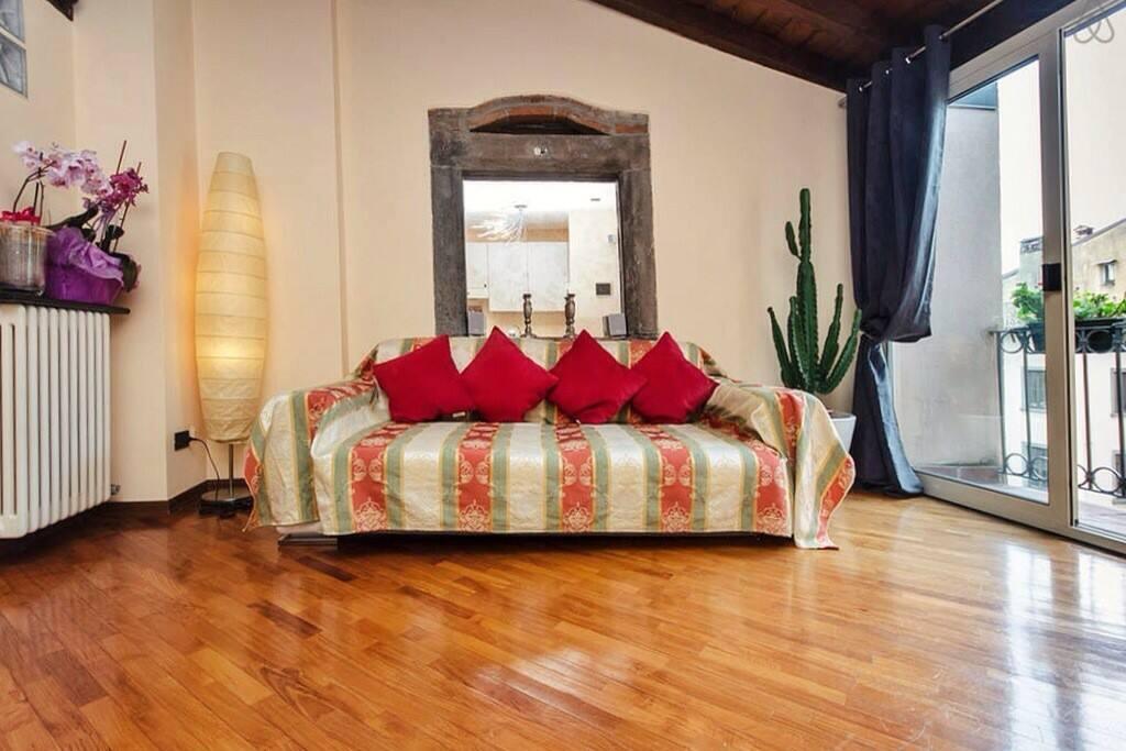 Angels loft appartamenti in affitto a bergamo lombardia for Loft bergamo affitto