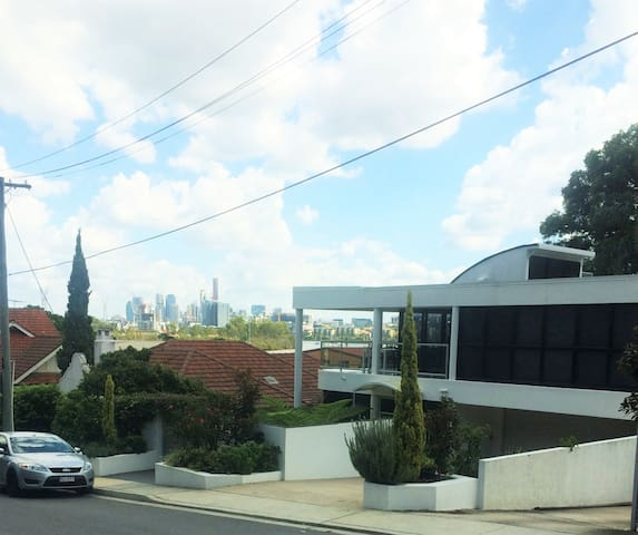 Hamilton Hill close to CBD - Hamilton - Apartamento
