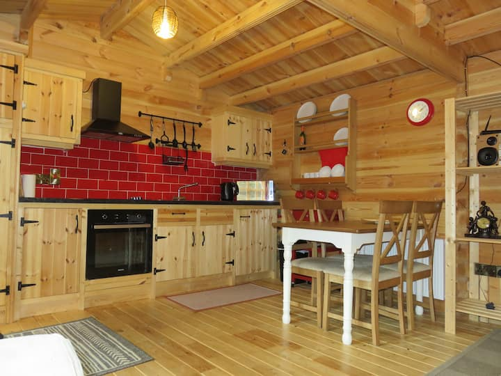 Stunning private Log Cabin Dublin 4