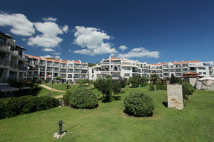 "Apartments in the complex ""Diamant"""
