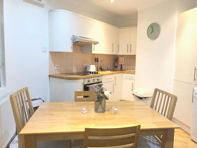 1 bed. Angel-Shoreditch (Zone 1)