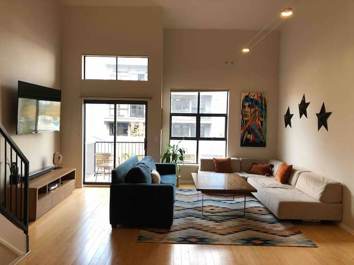 1 br 1.5 bath loft in heart of Rino neighborhood