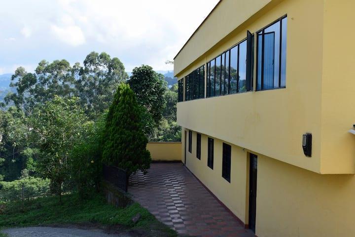 Habitacion CARPINTERITO