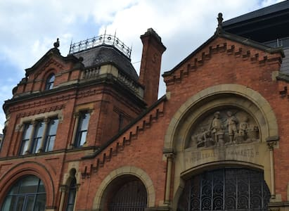Newly renovated 2 Bed Northern Quarter Apartment - Manchester - Lejlighed