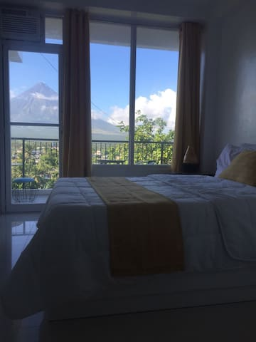 1 Studio Unit w/ view of Mt Mayon(203)