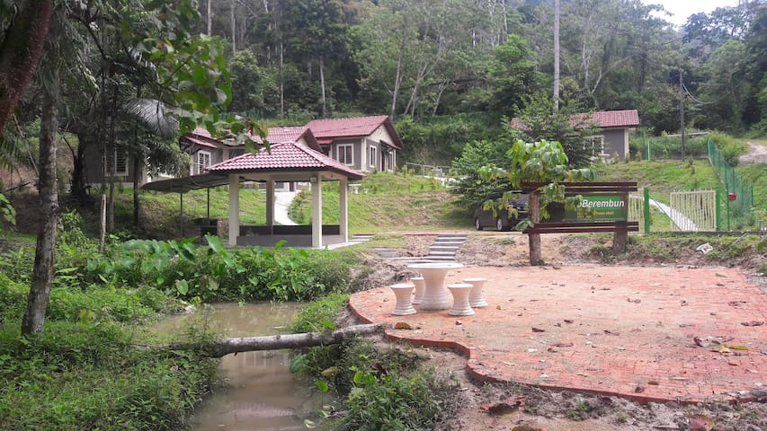 Eco Berembun Resort @ Ulu Bendul Chalet No 1 - Kuala Pilah - Holiday home