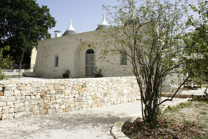 Fantastici Trulli newly renovated - Locorotondo - House
