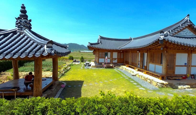 [한옥다올] 본채 원룸 /대형/단체 - Ogok-myeon, Gokseong-gun - Casa
