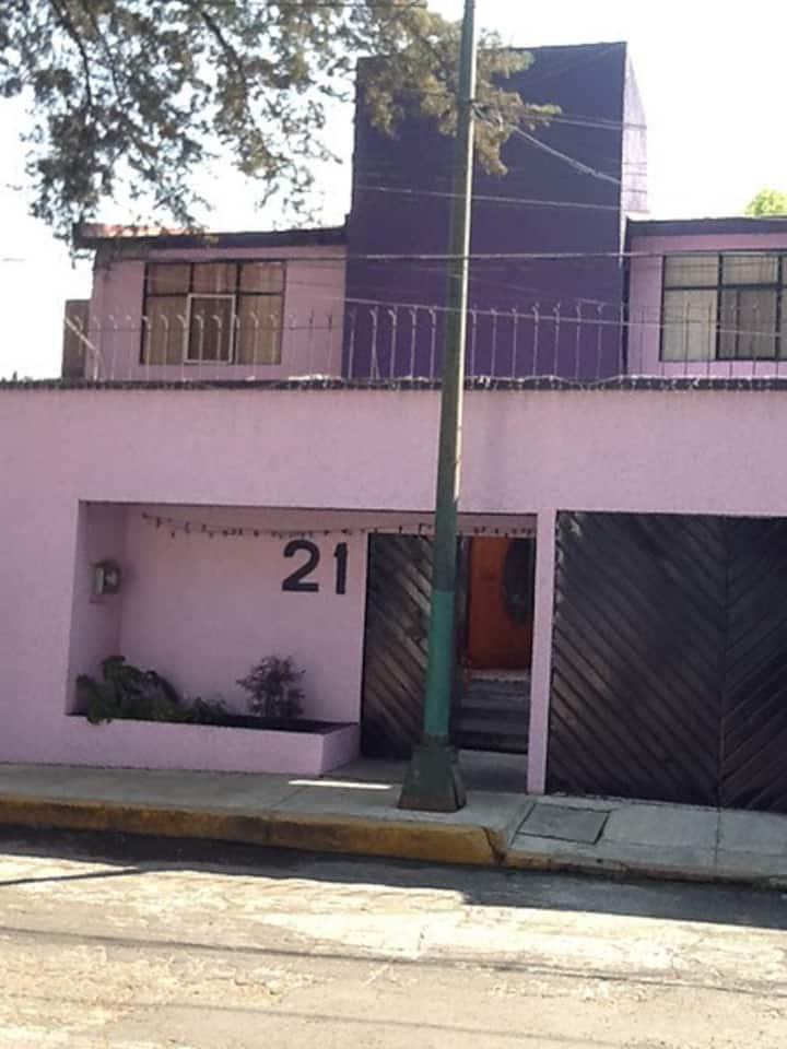Casa en zona residencial privada cerca de Santa Fé