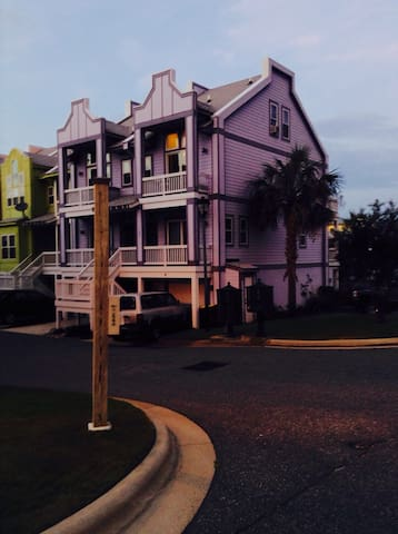 Charming Charleston Style Townhouse