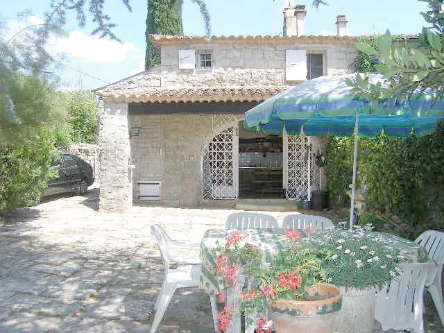 Maison de caractère Ardèche sud - Chandolas - บ้าน