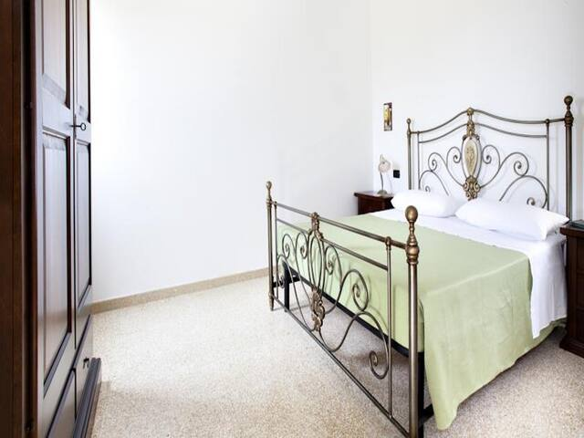 Lilac Holiday Homes - Douple/Triple Superior Room - Torre Chianca