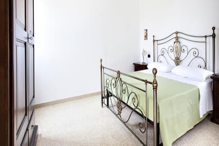 Lilac Holiday Homes - Douple/Triple Superior Room - Torre Chianca - Pis