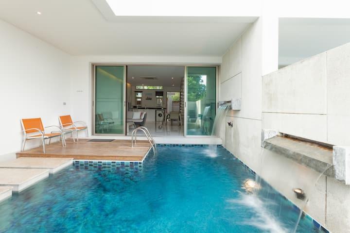 Phuket Beachfront house with pool