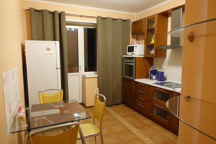 Современная комфортабельная квартира рядом с метро