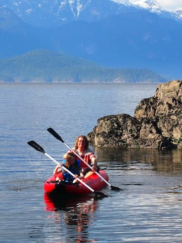 rent our double kayak, take an afternoon trip to the seal colony
