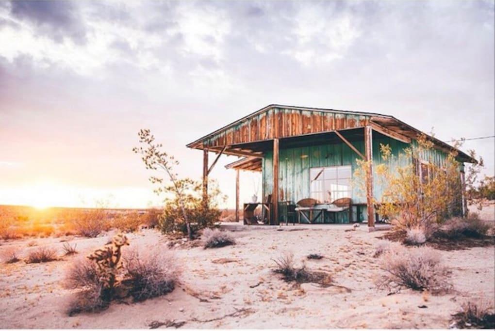 joshua tree homesteader cabin cabins for rent in joshua
