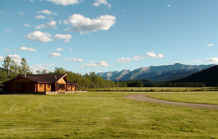 Folding Mountain Bed and Breakfast