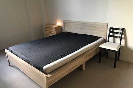 Simple and double room,Short time. - Maroubra