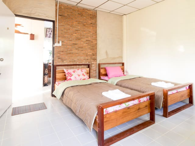Noinhae House 2 - San Kamphaeng - Penzion (B&B)