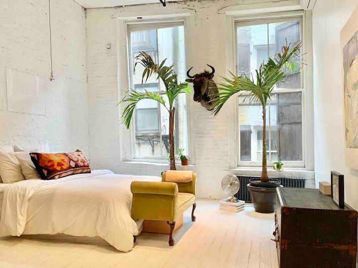 Tranquil Spacious 2 Br SoHo/Tribeca Loft