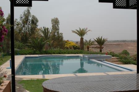 une maison + 1 logement indépendant - Ouarzazate - Andere