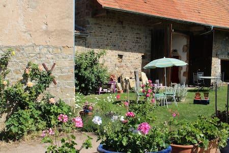 Paradise in Southern Burgundy - Saint-André-le-Désert
