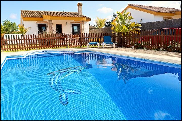 Chalet con piscina en Cala del Aceite - Conil 300