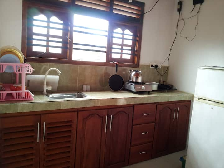 2 Bed Room, House in hikkaduwa