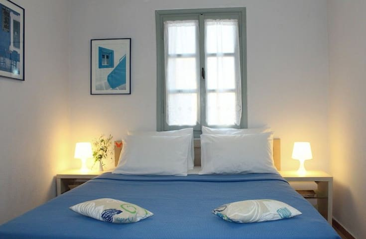 Nissia Kamares Studio (2-3 Adults) with Double Bed and Buffet Breakfast