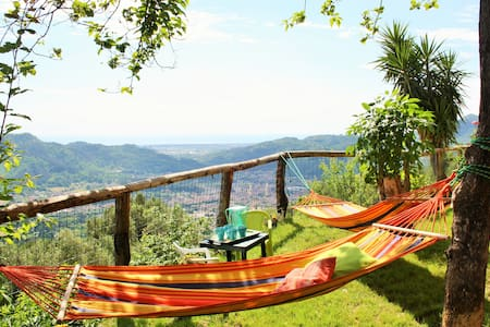 Renewed house with awesome view! - camaiore