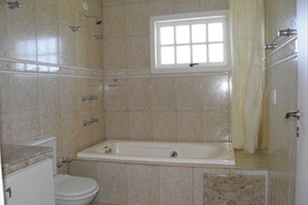 suite quarto de casal térreo (banheira para um)