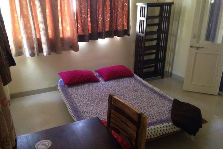 The second room of the suite - Pune - Casa