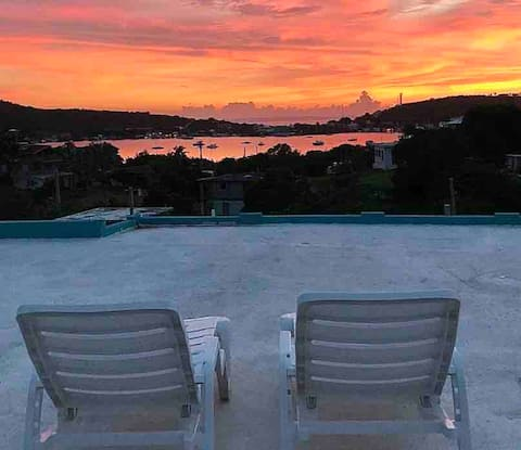 *NEW* WHOLE HOUSE CULEBRA 2BD WIFI, AC, ROOFTOP