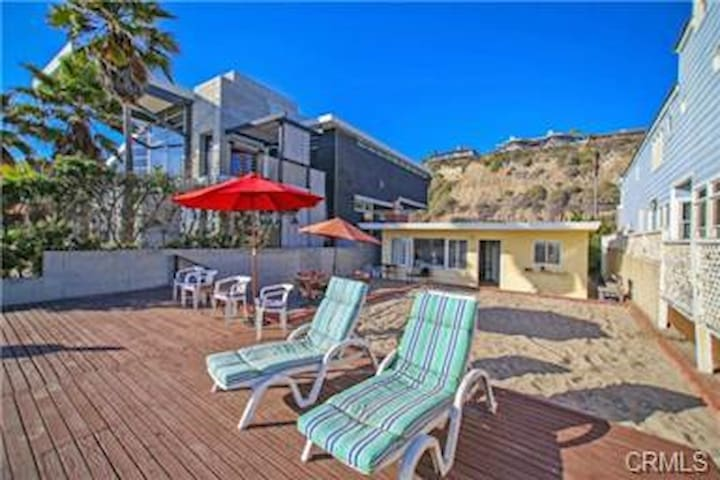 The Little Yellow Beach Shack/June to July 22 OPEN - Dana Point - Bungalow