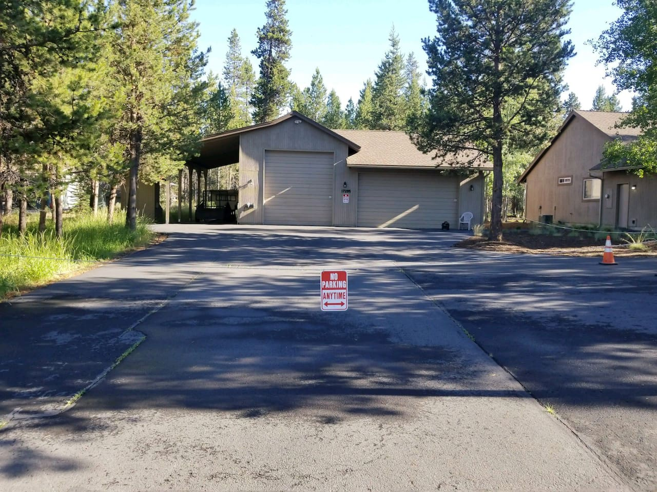 Detached Shop with Covererd Outdoor RV/Camp Trailer Parking.