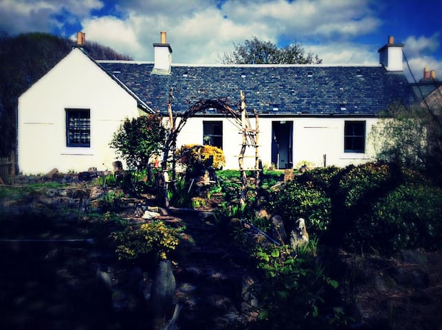 Isle of Ulva, small cottage.